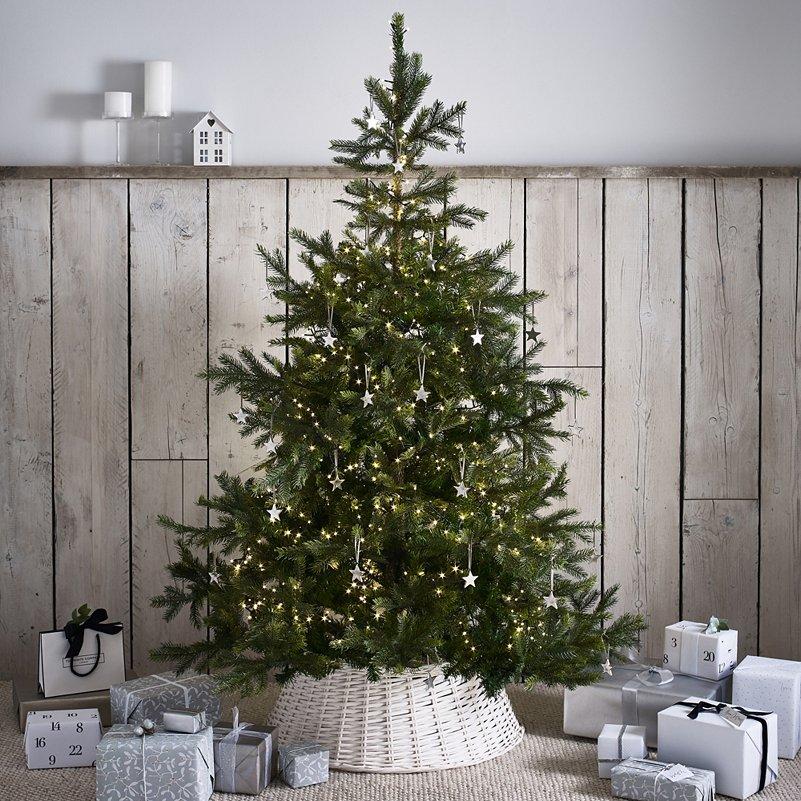 Natural Christmas Tree.Spruce Christmas Tree 6ft