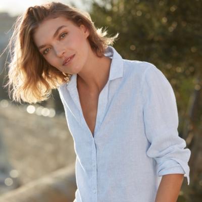 Linen V-Neck Shirt - Pale Blue